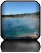Kolejne baseny z ciepłą wodą, która osiąga nawet 95 stopni Celsjusza...